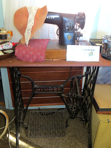 My mother had a food powered sewing machine - a later model than this. It was a special treat for me to be allowed to use it.